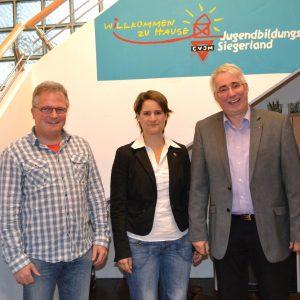 Falk Heinrichs (SPD-MdL; rechts) besuchte jetzt den CVJM-Kreisverband in Wilgersdorf. Seine Gesprächspartner waren die Leitende Sekretärin, Dorothee Pfrommer, und pack's-Koordinator Karsten Schreiber (links).