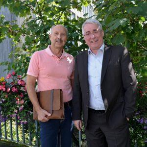 Sportausschussmitglied Falk Heinrichs (SPD-MdL) und der Vorsitzende des Kreissportbunds Siegen-Wittgenstein, Ottmar Haardt (links), führten jetzt ein Gespräch über aktuelle sportpolitische Themen.